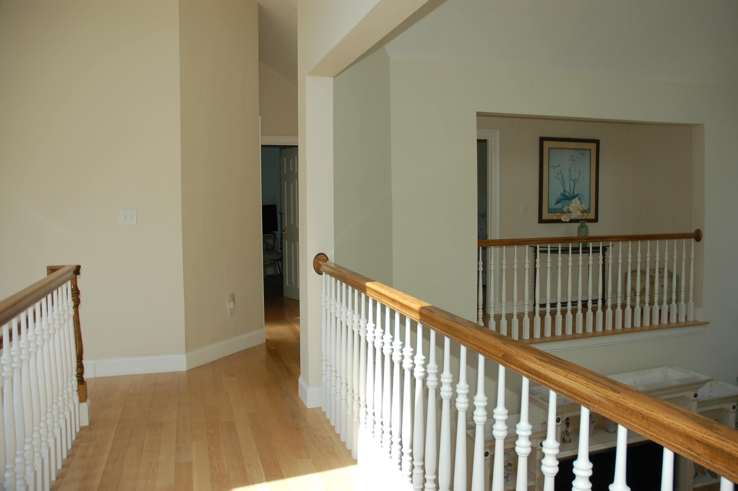 Viewpoints re sells this elegant quality home in edgartown for Catwalk flooring