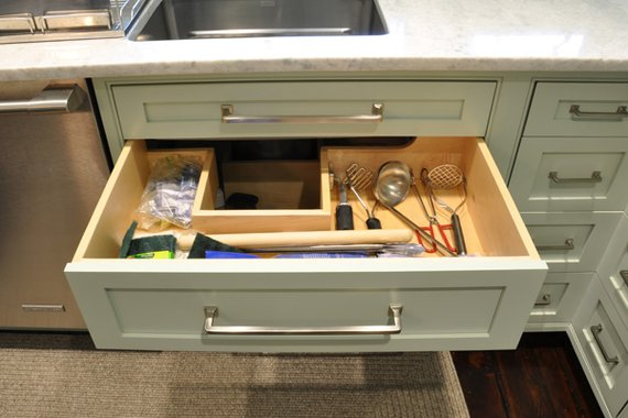 Because It S A Drawer Everything Pulls Out And Is Right At Your Fingertips